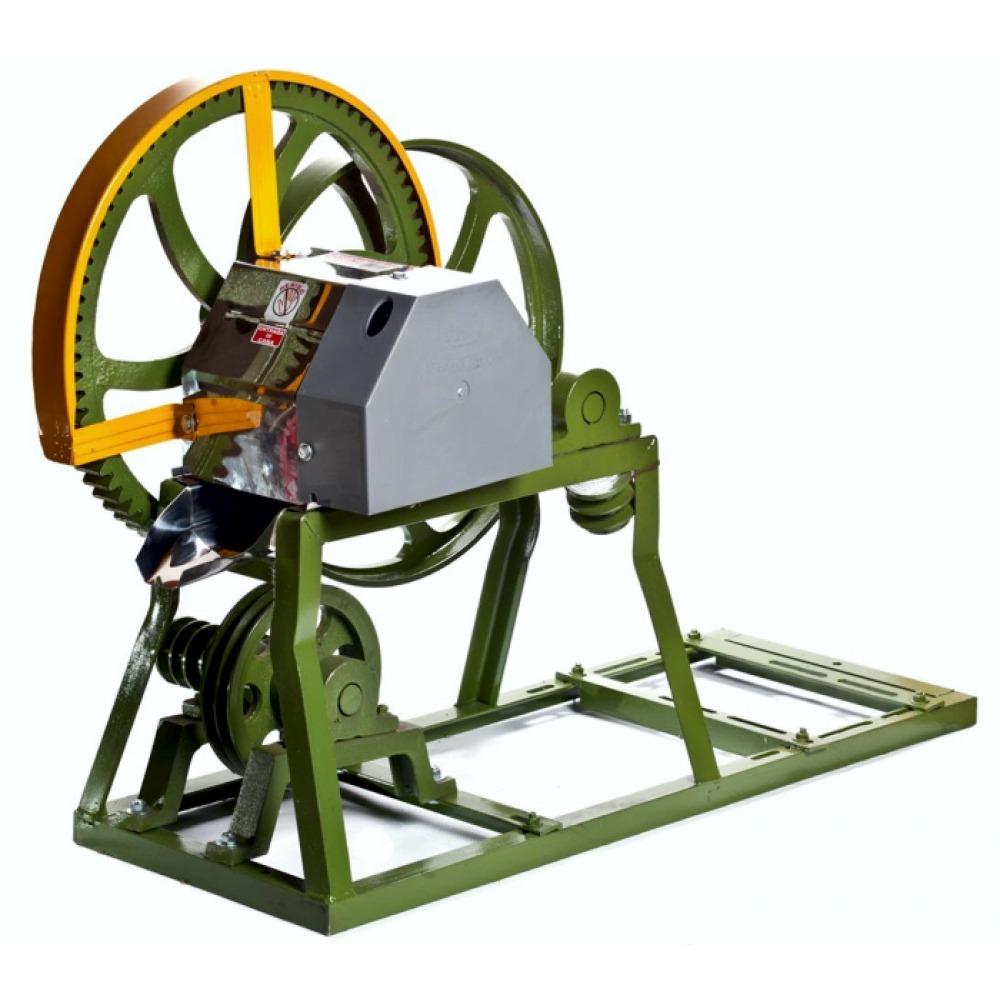 Engenho Para Cana B-200 - Rolete em Inox - Com Base Para Motor Gasolina  - Botini / Botimetal